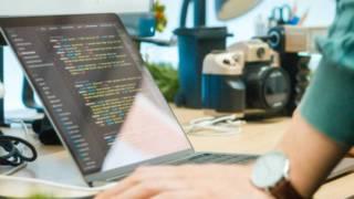 プログラミングは独学で習得出来る