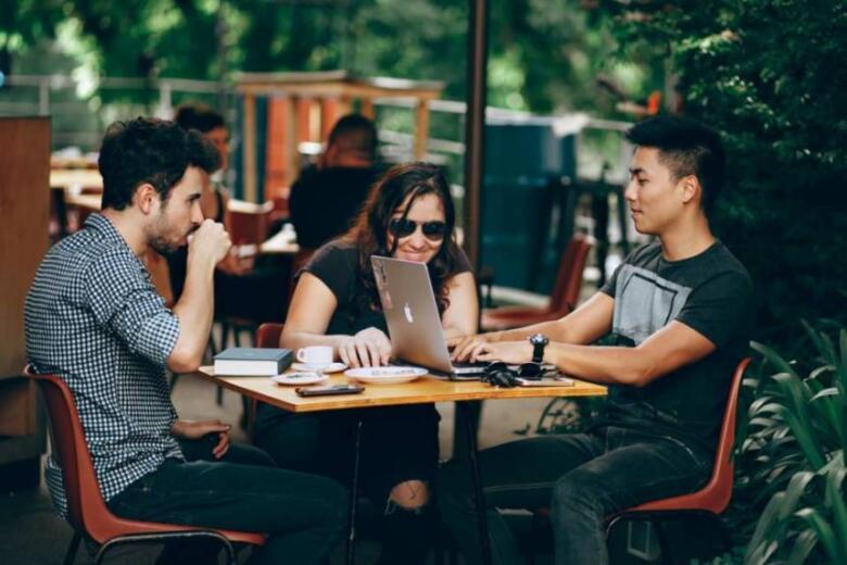 高校生がプログラミングを学習する方法3つ